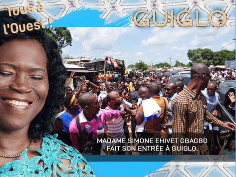 GUIGLO : MADAME SIMONE EHIVET GBAGBO FAIT SON ENTRÉE À GUIGLO.