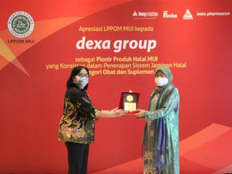 Konsisten Implementasikan Sistem Jaminan Halal, Dexa Group Raih Penghargaan dari LPPOM MUI