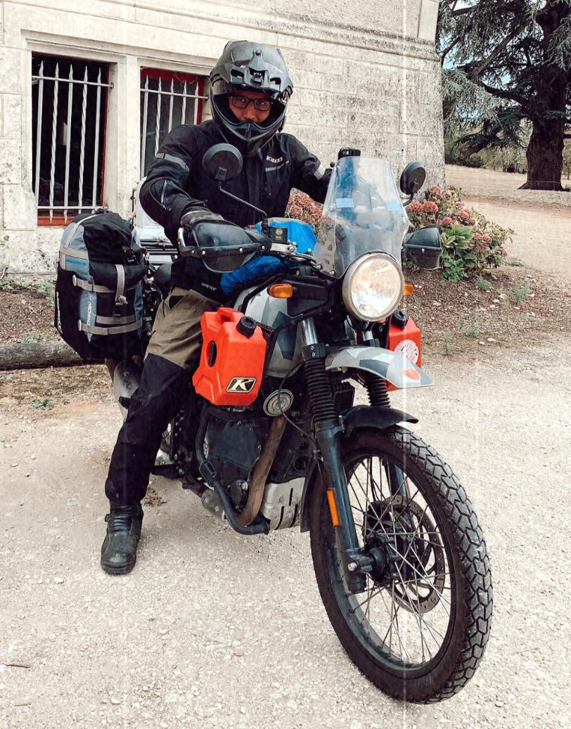 Mosko Moto backcountry panniers Mosko Moto nomad tank bag SRC design fuel tank Klim Krios Klim Carlsbad Klim Traverse pant Royal Enfield Himalayan review essai test BZK trails