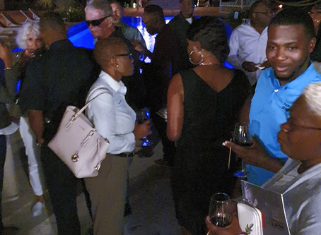 Successful Holiday Mix & Mingle Event