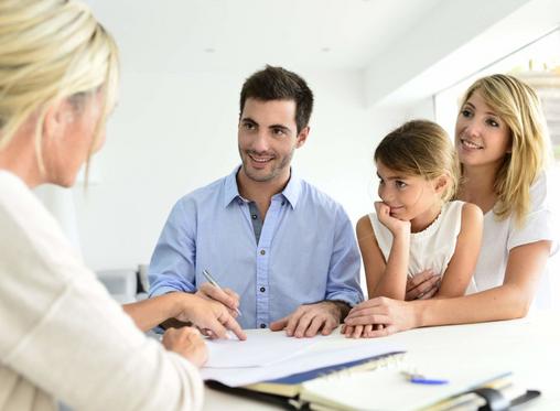 Усогласување на воспитните стилови помеѓу родителите и дадилката