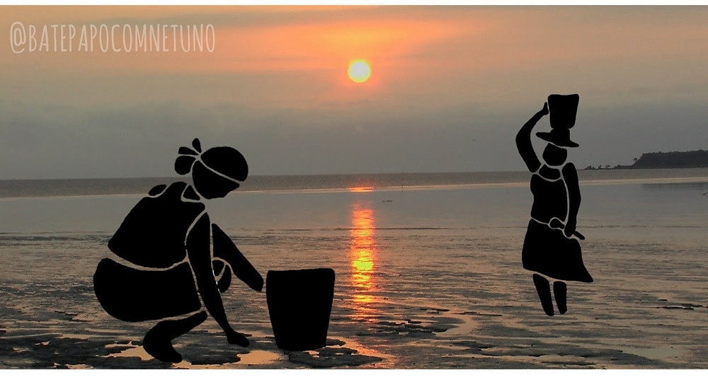 The photograph shows a sunset over a mudflat during low tide. There is a cliff in the distance with some coconut trees on the right. Two women were drawn on top of the photograph. They are silhouettes of shellfish harvesters. The woman to the left is kneeling on the mudflat with a bucket in front of her. She is wearing a skirt, a short sleeve blouse and her hair is tied in a bun with a bandana. The second woman is to the right and is standing up, balancing a bucket on her head. She is also wearing a skirt and a short sleeve blouse, but she is wearing a wide hat and is holding a spoon.