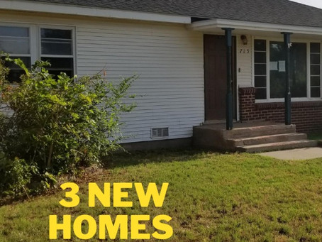 What 3 houses are listed for sale this week?