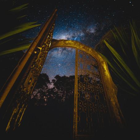 COSMOS 'Bir uzay belgeseli' (Yaşamış bir bilgenin sözlerinden)