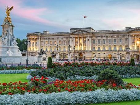 One Day in London: Harrods | Buckingham Palace | Westminster Abbey