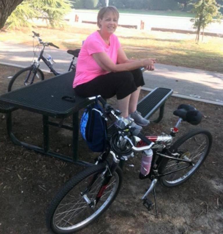 Vnučka a jízda na kole ji moc baví