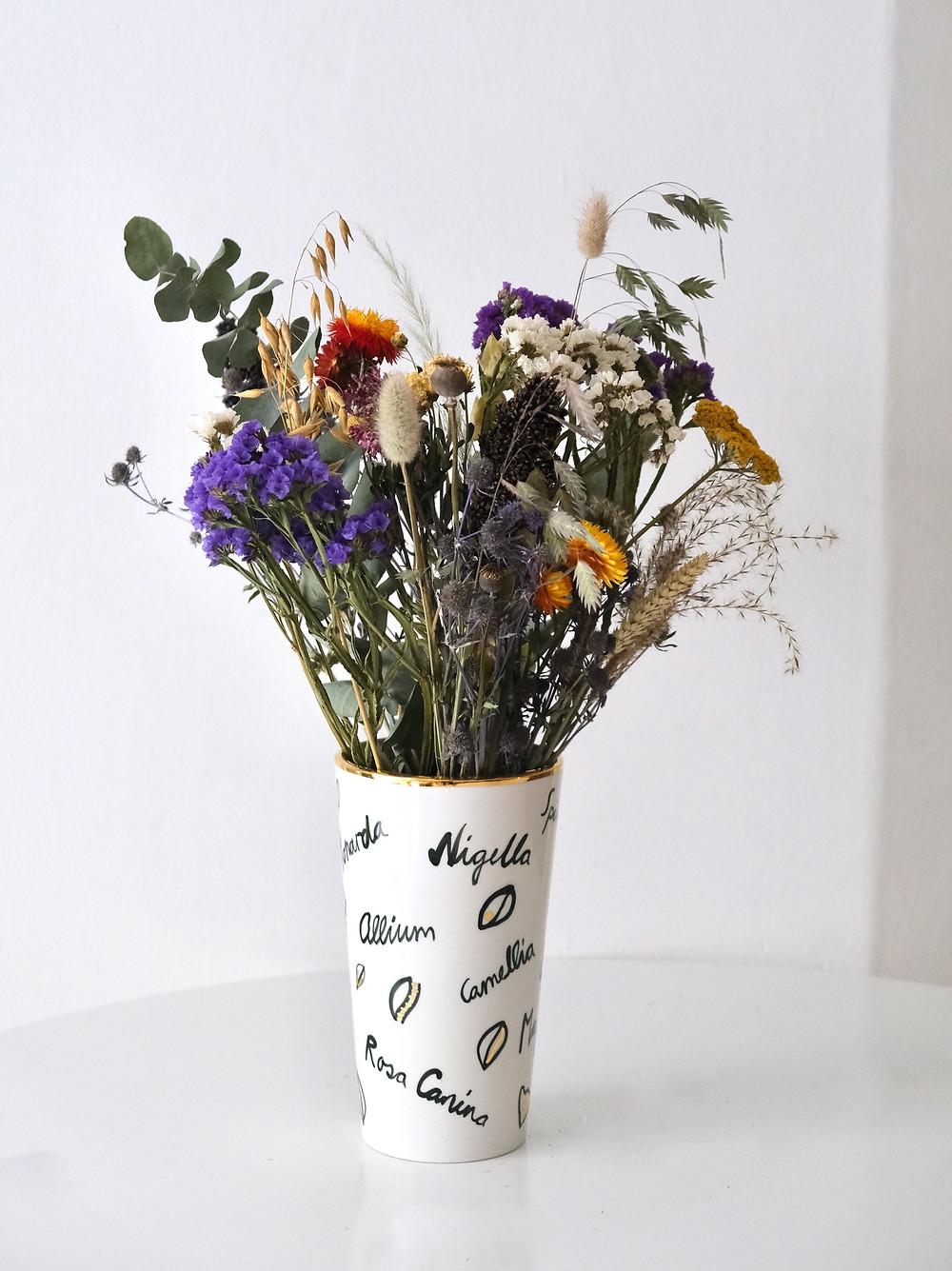 Blumenpost Vasen Bestellen online lieferung Schweiz Trockenblumen