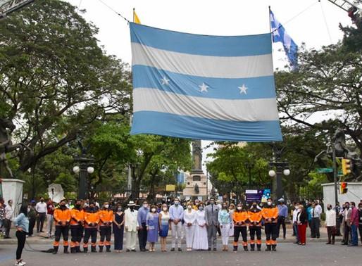 Iniciaron los festejos por el Bicentenario de Independencia de Guayaquil