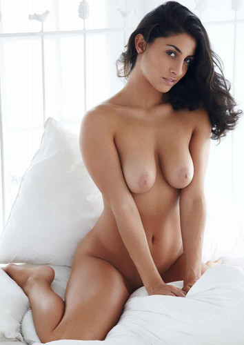 sexy indian boobs.jpg