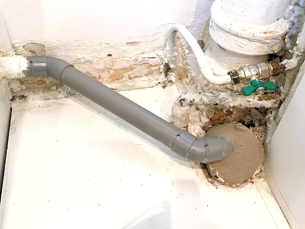 Rénovation et réparation d'évacuation PVC remplacement de vanne