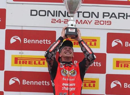 """เปิดประวัติรายการแข่งขัน """"British Superbike Championship"""""""