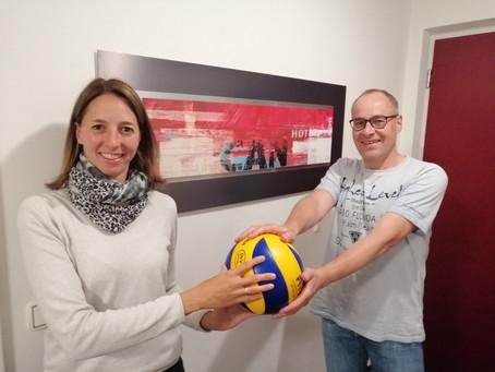 Volleyballer des VfL Buchloe unterstützen die Lechrain Volleys