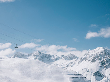 World Cup Carries On with the Parallel Races in Lech Zürs am Arlberg