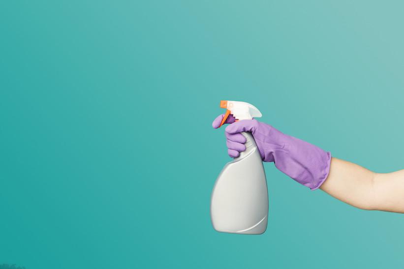 Čistící dezinfekce pro kancelář a domácnost
