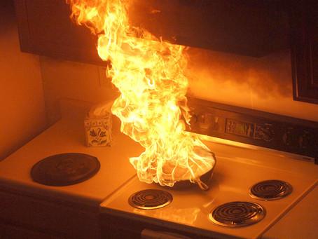 Memadam Kebakaran Di Dapur