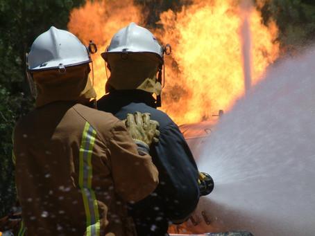Adakah Saya Perlukan Sistem Pemadaman Kebakaran Kenderaan?