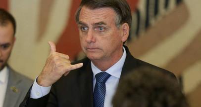 'Não é da sua conta', diz Bolsonaro a repórter do Washington Post sobre ligação de filho a 'gangues'