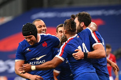 Le XV de France s'impose face à l'Irlande et finit deuxième du tournoi