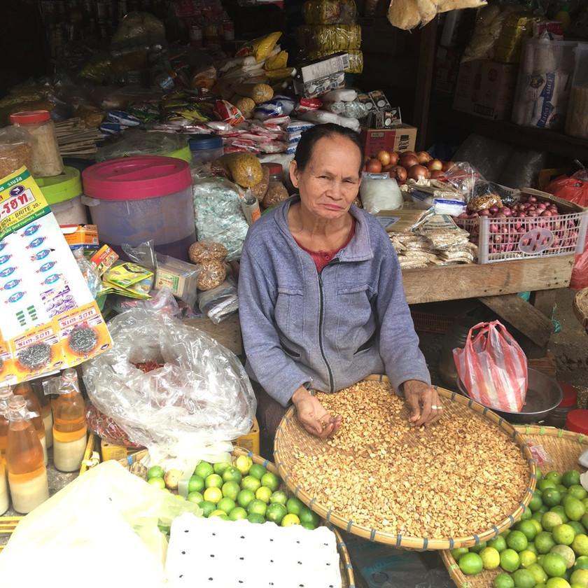 Marché à Paksé au Laos