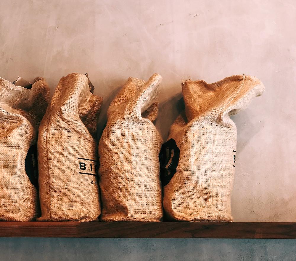 Le tri et la mise en sacs - ou conditionnement- du café
