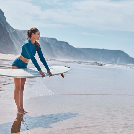 カリフォルニア生まれの〈prAna〉から、海の廃棄物を再生させた心地よいリサイクル繊維のスイムウェアが販売開始。