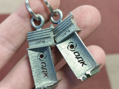 3D printed keychain made of heat resistant alloy Inconel 718 analog
