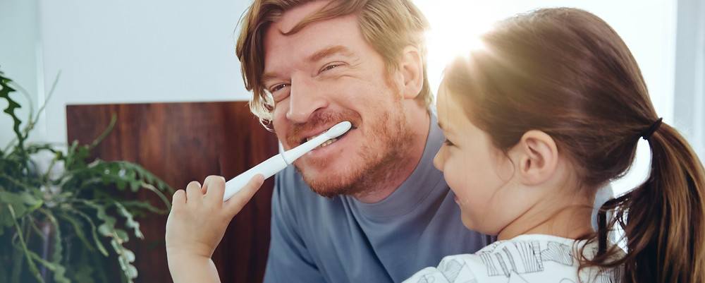 ways to fight bad breath tooth brush