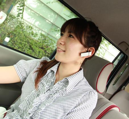 運転中でもハンズフリーなら安心、って本当?