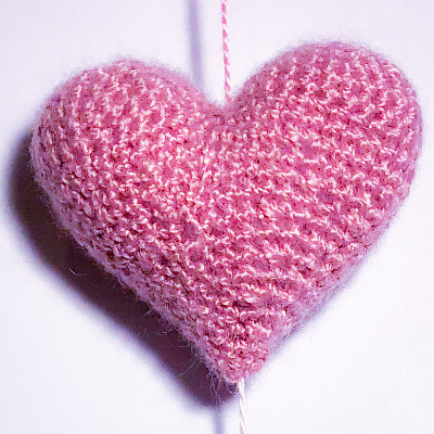 Corazón tejido a ganchillo