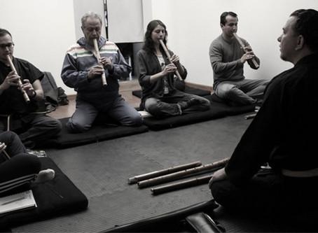 Cómo iniciarse en el arte del shakuhachi y la meditación soplada.
