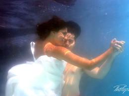 cyprus images wedding photography - underwater wedding photography