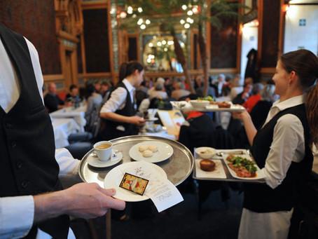 Restaurantes: ¿Empresas productoras, comerciales o de servicios?