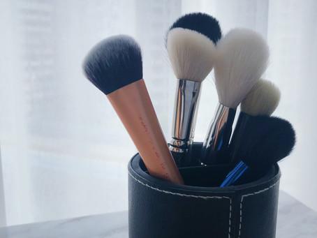 為什麼一定要清潔你的美妝工具