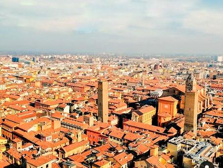 Przyjęcie niższych święceń i wyjazd Hozjusza na studia do Italii