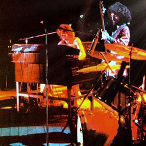 Grand Funk Railroad - ''We're An American Band'' - Live