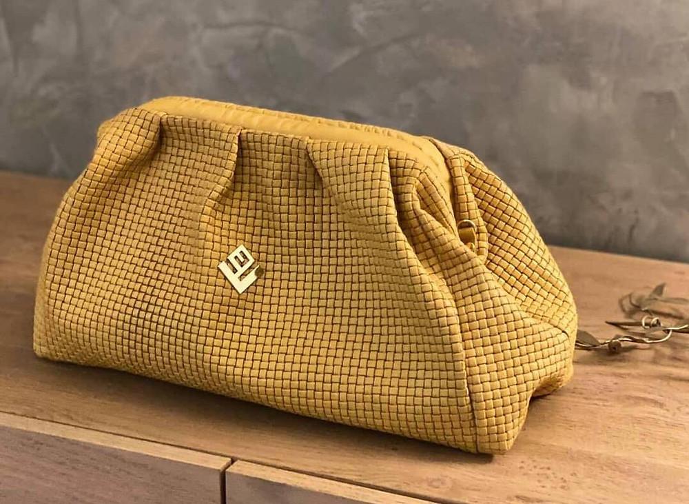Η δερμάτινη τσάντα Paris St Asti Bag της ελληνικής  εταιρείας Lovely