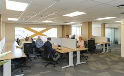i-desk area