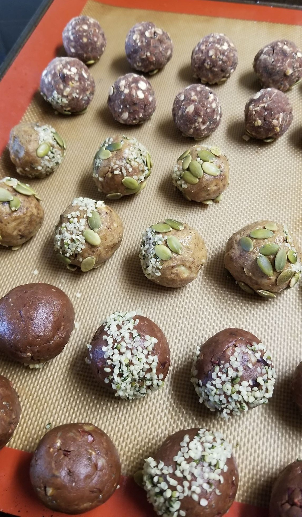 Baking tray with rows of bliss balls