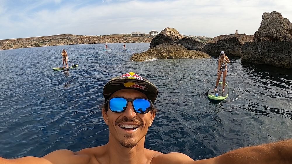Sup tour Malta crossing the first cove