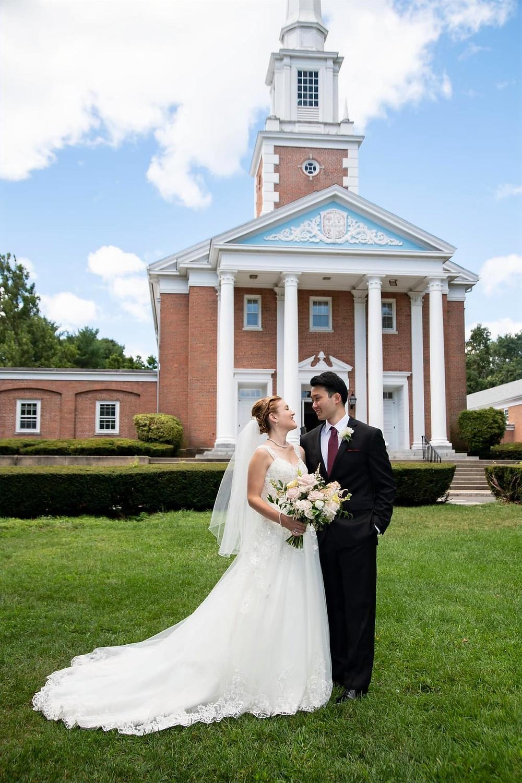 Summer wedding, blush wedding flowers, fairfield connecticut, First Presbyterian Church of Fairfield, microwedding