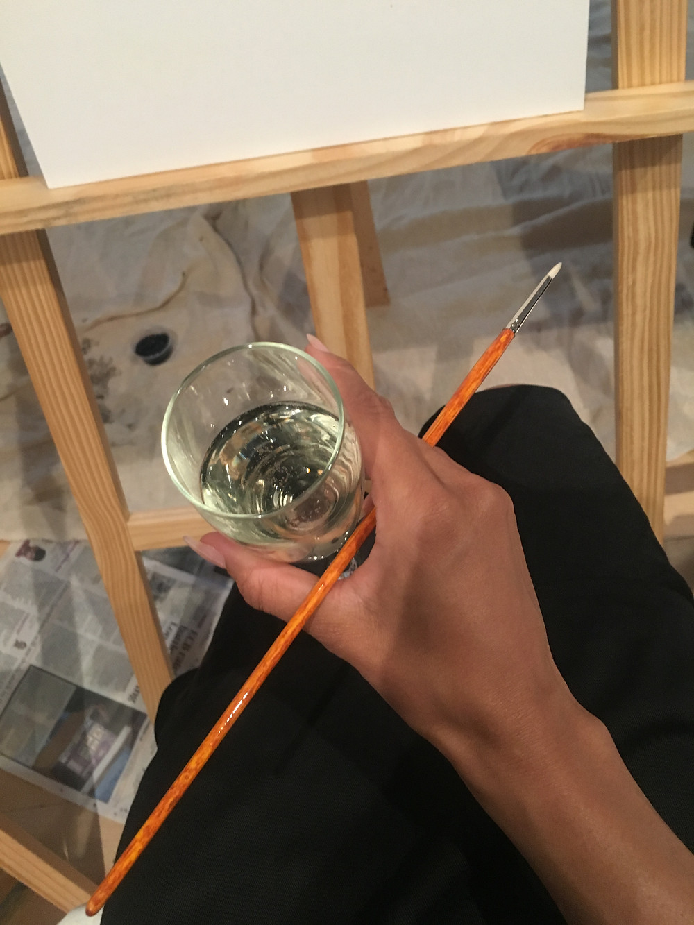 paint and sip, sip and paint, life drawing, life painting, paintbrush, paint and prosecco