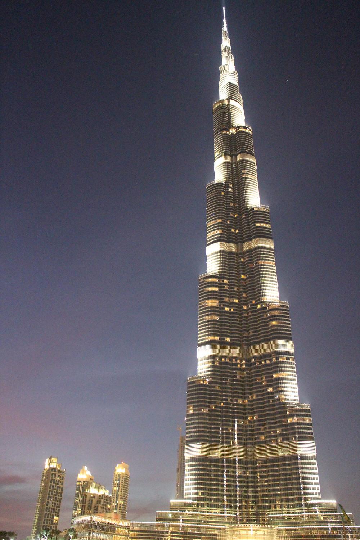 The full height of the Burj Khalifa (Burj Dubai) at night