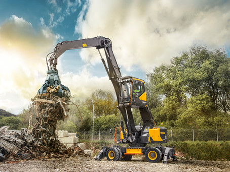 Volvo Introduces its First Dedicated Material Handler for North America