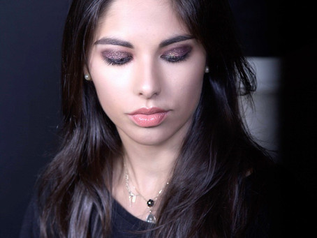 Glitter Eyeshadow MakeUp - Glam and trendy @ Sakis Isaakidis The MakeUp Artist School