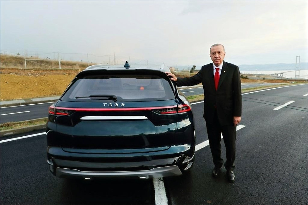 Turkey Unveils First Fully Homemade Electric Car