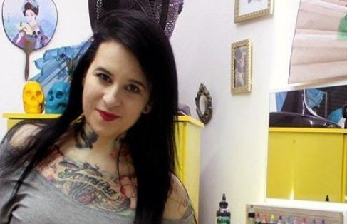 Tattoo Artist Transforms Domestic Abuse Scars into Art