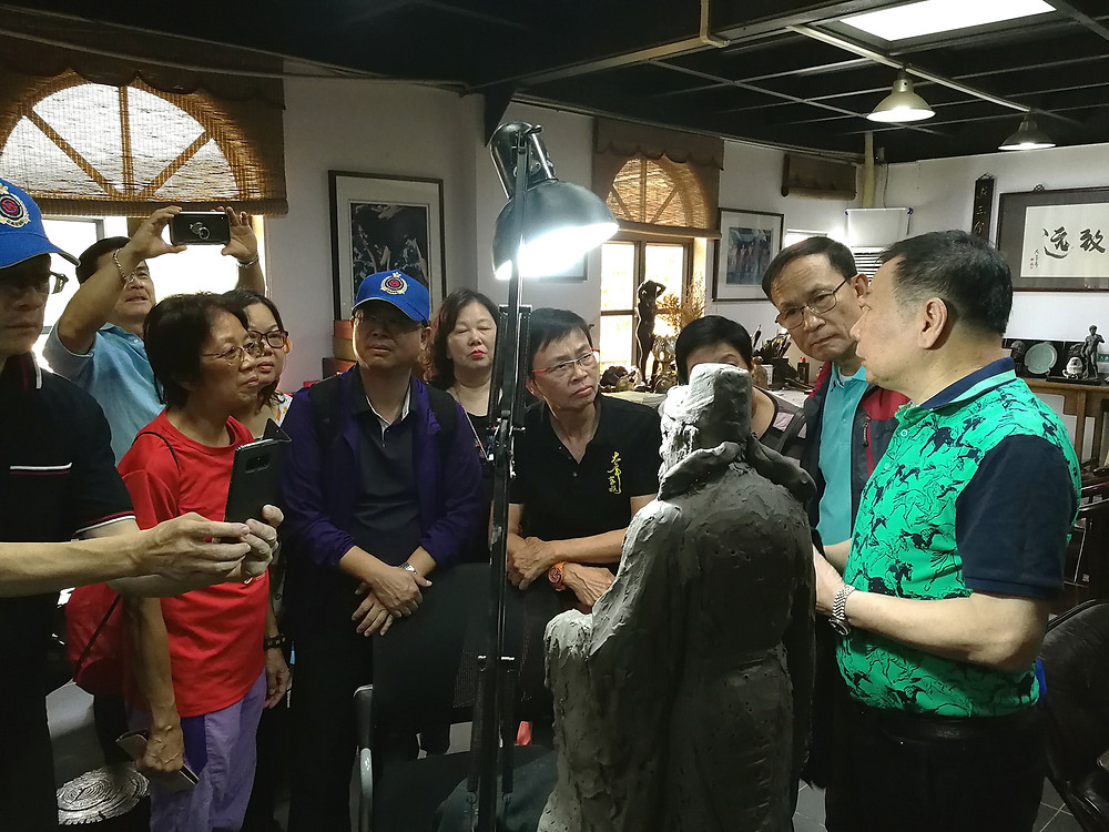 拜訪國家級陶瓷工藝大師潘柏林先生,參觀「潘柏林陶瓷博物館」和工作室。