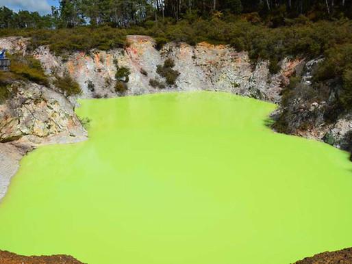 Les lacs multicolores de Wai-O-Tapu et le Bain du Diable en Nouvelle Zélande