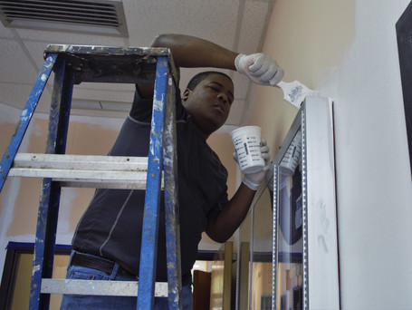 Kentwood Forward Committee Paints Community Center