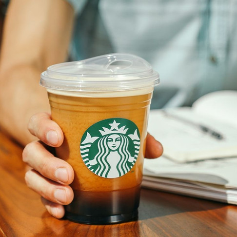 Starbucks Becomes Largest Retailer to Eliminate Plastic Straws